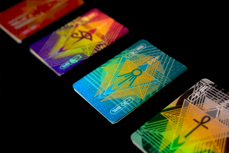 card-shine